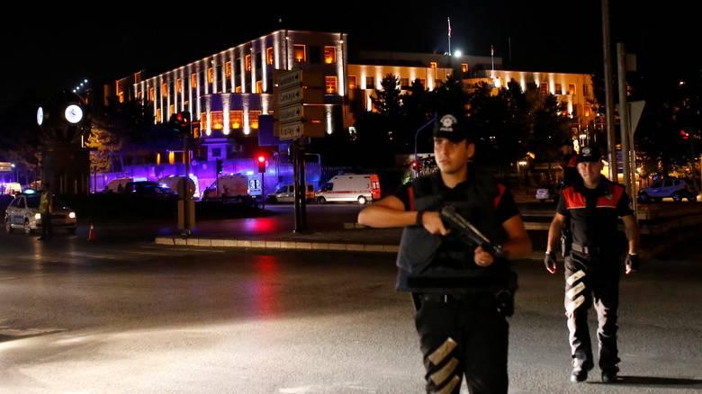 2016-07-15T201924Z_1047687981_S1AETPTXWMAA_RTRMADP_3_TURKEY-SECURITY-GUNSHOTS